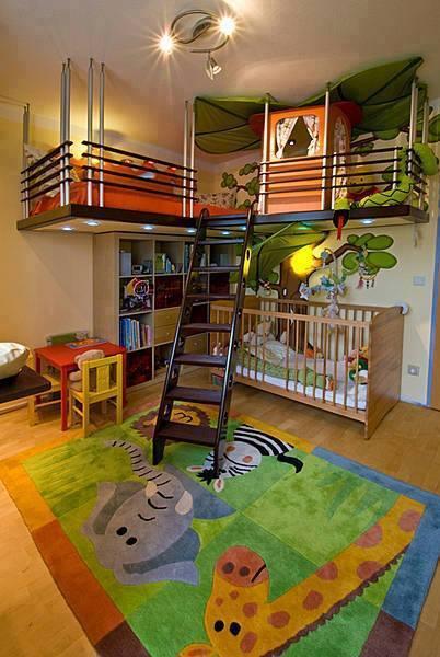 Pokój dziecięcy z pomysłem na oszczędzanie miejsca