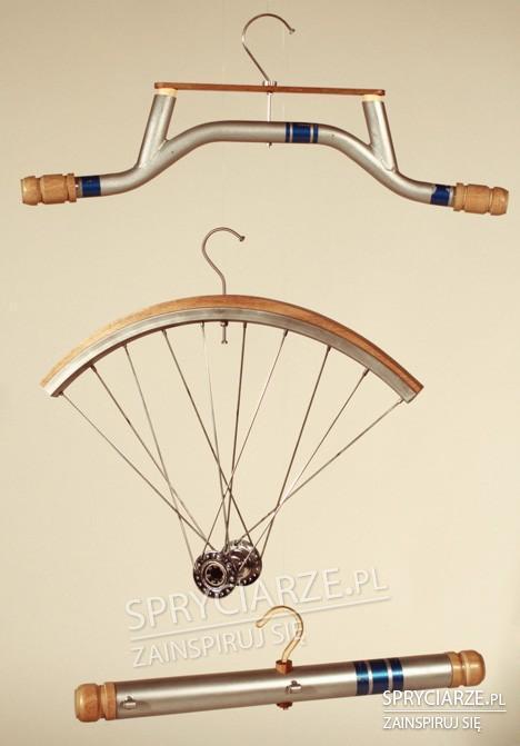 Wieszaki z części rowerów