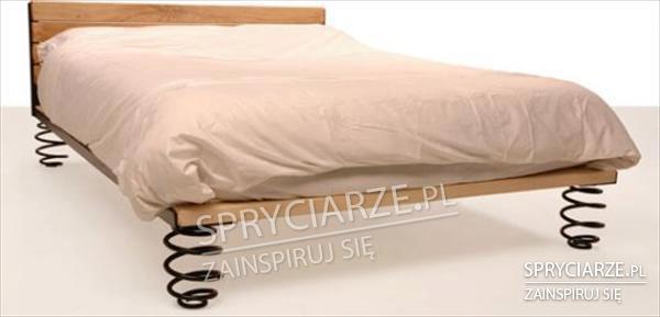 Łóżko na sprężynach