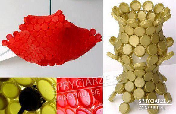 Nakrętki plastikowe w rękach artystów